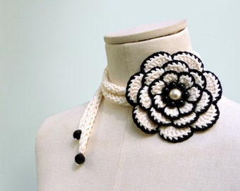 Crochet lariat necklace with big flower, black and white cotton with pearls - FULL BLOOM