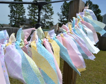 Rag Knotted Fabric Garland, Hand tied Spring Color Garland, Cotton Fabric Fringe, Baby Shower Banner, Shabby Chic, Sweets Table Banner