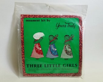 Vintage 1976 Yours Truly Unopened Three Little Girls Holiday Ornament Kit