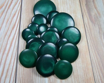 GREEN PLASTIC BUTTONS, Lot of 18, Mother, Sister, Daughters, Swirling Pattern, Metal Shanks, Vintage Clothing, Coat, Sewing Supply,