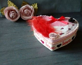 Mother's Day heart box