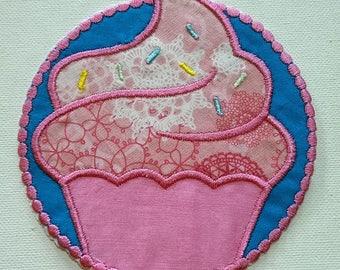 Fer sur Cupcake Patch / applique, Cupcake brodé patch applique