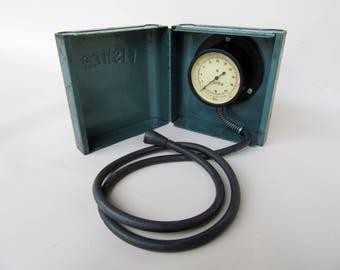 Gauge; Vintage Fisher Water Pressure Gauge