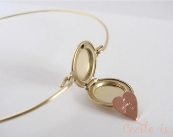 Gold locket initial bangle - Secret initial bangle - Gold Bangle - Locket bracelet - Initial bracelet - Personalized jewelry - Friendship
