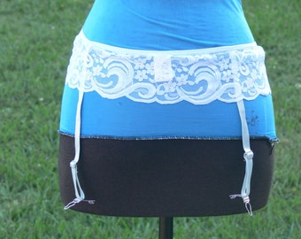 garter size small metal hooks