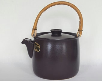 Wonderful vintage terma tea pot by Stig Lindberg for Gustavsberg -  made in Sweden 1970s.