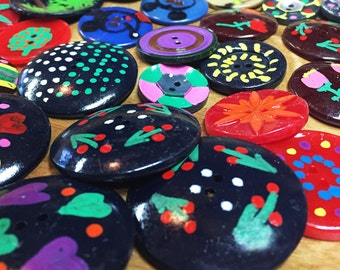 Hand Painted Buttons - Painted Vintage Button - Handcrafted Button Collection - Painted Plastic Bakelite Buttons - B39 - 35 Buttons