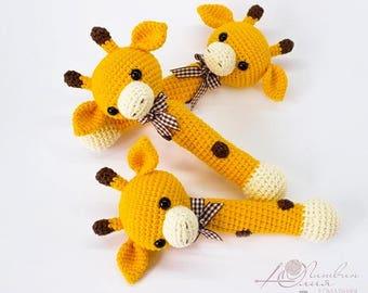 Giraffe rattle Crochet rattle Baby rattle toy Cotton crochet toy Baby gift Baby teething toy Newborn gift
