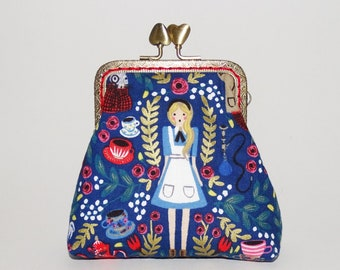 original vintage / retro coin purse  woman - antique brass metal frame -  blue fabrics - alice in wonderland make-up pouch jewelry pouch