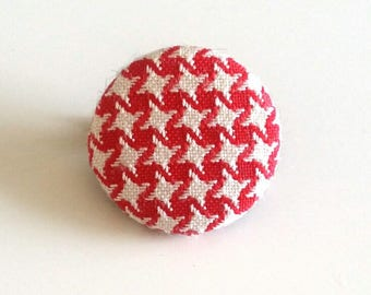 round brooch red and white houndstooth fabric
