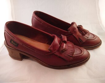 Vintage women's Bass loafers