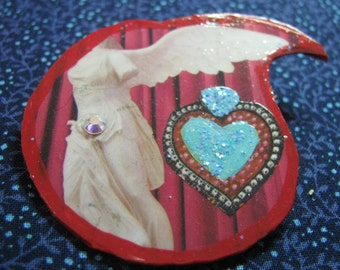 Handmade Art Collage Pin Aphrodite & Hearts