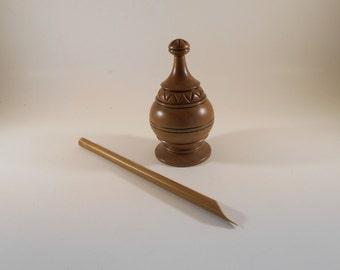 Turkish İslamic Calligraphy Bamboo pen and Walnut Wood Inkwell