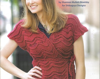 And That's a Wrap!  Crochet Book ~  Soft Cover ~  Leisure Arts