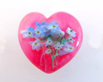 Forget-Me-Not Bouquet - Pink Glass Heart Paperweight Studio Button