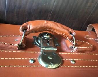 Cheney luggage/suitcase