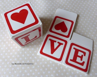 1 x box cube Word LOVE heart red/white jewelry