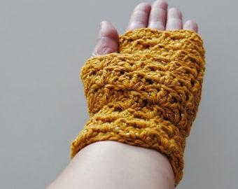 Mustard Yellow fingerless gloves with a golden thread, crocheted, handmade, ready to ship