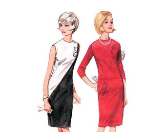 Mod Shift Dress from 1960 Diagonal Bicolor Quick 'N Easy Dress Sewing Pattern Size 10 Bust 31 Butterick 3923 Misses Ladies pattern