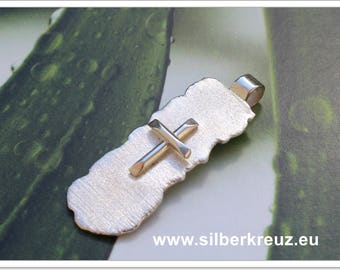 Cross pendant silver 925-the other kind....