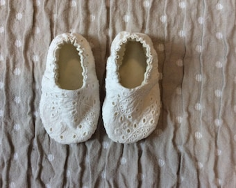 Eyelet Stay On Baby Shoes