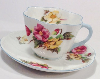 Antique Shelley English Fine Bone China Begonia Pattern Dainty Shape Teacup and Saucer.