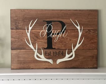 Custom signs / Family name sign / farmhouse decor / cottage decor / hunting decor / deer decor /rustic cabin decor / porch decor / wedding