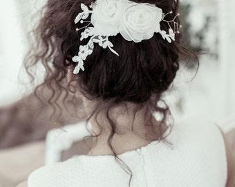 Bridal floral  hair comb - Bridal hairpiece - Wedding headpiece  - Floral hair piece - Bridal lace headpiece