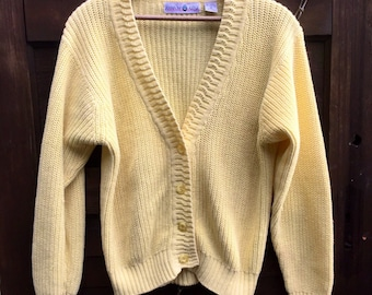 Vintage Women's Knit Pale Yellow Cardigan Sweater by Rainbow Ridge size Medium