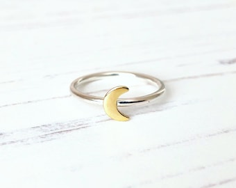 Crescent moon ring sterling silver, Moon phase ring, Moon stacking ring, Moon Jewelry, Girlfriend Jewelry, Girlfriend gift, UK Jewellery