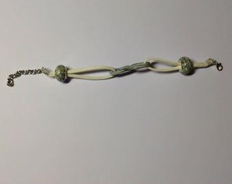 Infinitely grey bracelet