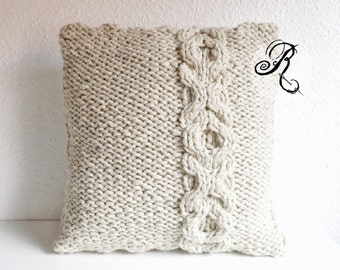 Chunky Knit Cushion XOXO Hugs and Kisses, Wool Aplaka Pillow, warm and soft