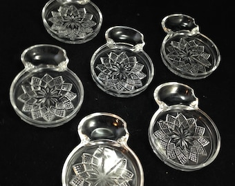 Set of 6 Vintage Pressed Glass Tea Coasters with Spoon Rests in Raised Floral Pattern      01724