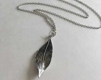 Long Pendant Necklace // Leaf // Minimal // Simple Bohemian // Boho // Layering //#0074