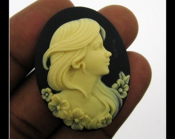 6 40 x 30mm Ivory on Black Lady Portrait Cameos- CMT226