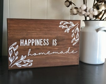 Happiness is Homemade, Wood Sign, Rustic Kitchen, Housewarming Gift, Farmhouse Decor, Studio Wall Art, Gift for Crafty Mom,