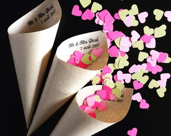Cone confetti personalized with the names