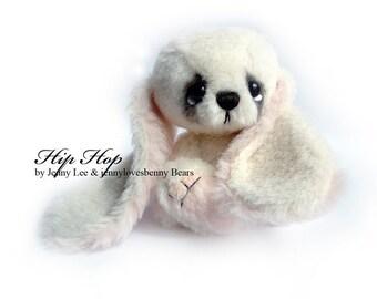 HIP HOP bunny rabbit e pattern by teddy bear artist Jenny Lee of jennylovesbenny artist bears PDF