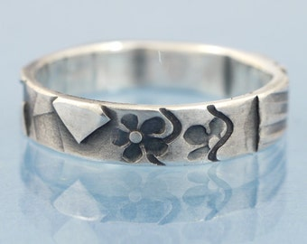 Flowers -  ring mosaic narrow in 925 sterling antiqued silver - unique