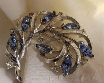 USHER Blue rhinestones silver tone brooch