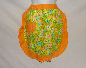 Vintage 1960s floral apron, size small-medium