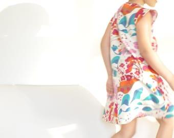 lucy II - modern girl dress