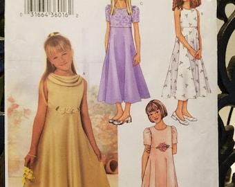 Butterick 3714 Girl's Dress Gown Size 7-8-10  new uncut 2002