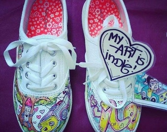Personalized shoes by My art is indie