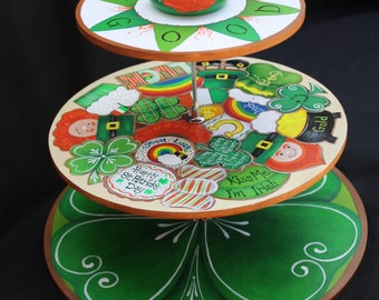 Happy St Patrick's Day Cookie/Cupcake Plate.