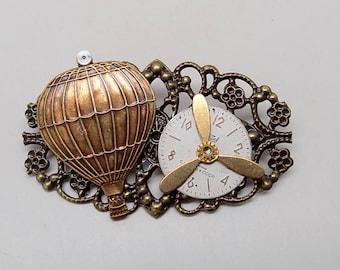 Steampunk jewelry. Steampunk air balloon brooch.