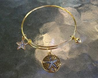 Sand Dollar Charm Adjustable Gold Bracelet