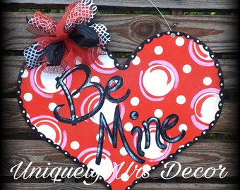 Be mine, Valentine's Heart Door Hanger, Door Hanger, Heart Door Hanger