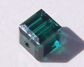 Swarovski Crystal Beads CUBE 5601 Swarovski elements beads EMERALD - Available in 4mm, 6mm and 8mm