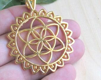 Flower of life Pendant, Large pendant, flower pendant, sacred flower, gold flower, yoga pendant, Large charm, flower of life, yoga flower